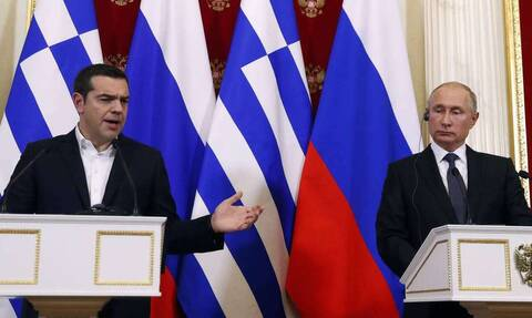 Любовь и бедность: Ципрас надеялся на то, что драхмы в 2015 году ему напечатает Путин