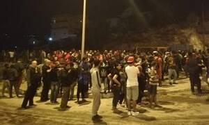 Σάμος: Εννιά συλλήψεις για τα επεισόδια στο Κέντρο Υποδοχής – Συνεχίζονται οι έρευνες