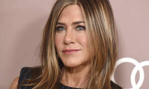 Η Aniston έριξε το Instagram αλλά το post του πρώην συζύγου της ξεχώρισε εύκολα (photos)