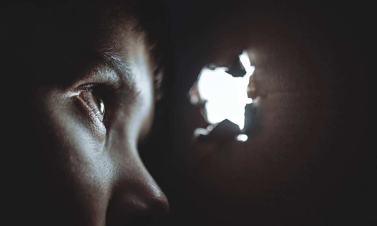 Σάλος στην Κύπρο με λογιστή που παρενοχλούσε σεξουαλικά παιδιά