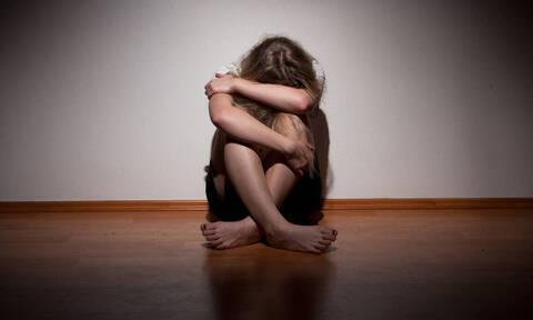 Φρίκη στο Πήλιο: Πατέρας βίαζε και κακοποιούσε τη γυναίκα και την ανήλικη κόρη του