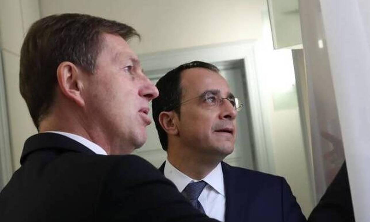 Πρόβλημα στο αεροπλάνο που μετέφερε τον Σλοβένο ΥΠΕΞ στην Κύπρο