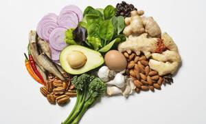 Άνοια / Αλτσχάιμερ: Με ποιες τροφές θα προλάβετε τη γήρανση του εγκεφάλου (εικόνες)