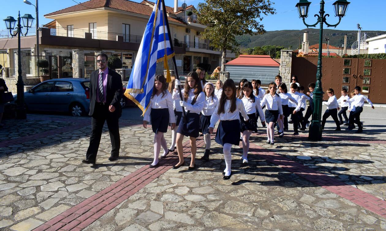 28η Οκτωβρίου: Οριστικό! Δείτε ποιοι θα κρατούν τη σημαία στην παρέλαση