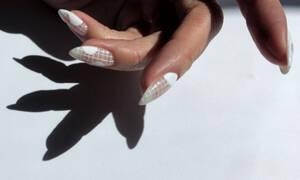 Εσύ γνωρίζεις ποιο είναι το πιο δημοφιλές σχήμα για τα νύχια;