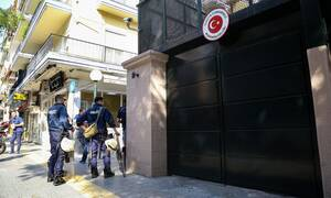 Θεσσαλονίκη: Στον εισαγγελέα θα οδηγηθούν οι συλληφθέντες για τη διαμαρτυρία στο τουρκικό προξενείο
