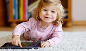Παιδιά & οθόνες: Πόσο επικίνδυνες είναι για την υγεία και την ανάπτυξή τους;