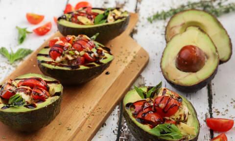 Η συνταγή της ημέρας: Γεμιστά αβοκάντο