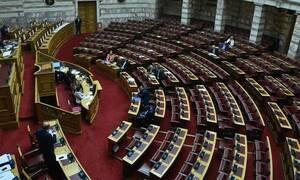 Σάλος: Παντρεμένος βουλευτής ζήτησε από πασίγνωστη παρουσιάστρια να πάνε διήμερο στην Αράχωβα!