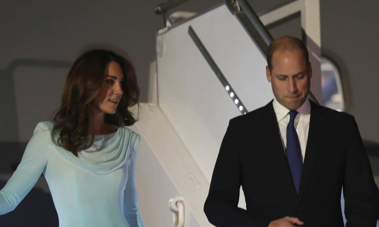 Τρόμος στον αέρα! Αναγκαστική προσγείωση για το αεροπλάνο του William και της Kate