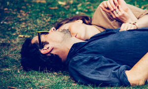 Έρευνα: Ο λόγος για τον οποίο λέμε ψέματα σχετικά με το σεξ είναι πιο σοβαρός από όσο πίστευες