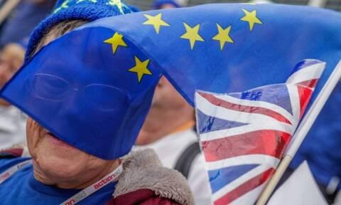 Brexit: Οι επιπτώσεις για τους Έλληνες που ζουν στην Μεγάλη Βρετανία (vid)