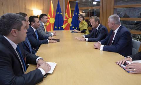 Οργή και σενάρια παραίτησης Ζάεφ: Το ευρωπαϊκό «όχι» έφερε πολιτικό χάος στα Σκόπια