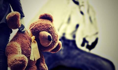 Κως: Στο εδώλιο κομμωτής που κατηγορείται για αποπλάνηση παιδιών