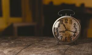 Πότε αλλάζει η ώρα 2019:  Πλησιάζει η χειμερινή ώρα- Πότε γυρνάμε τα ρολόγια πίσω