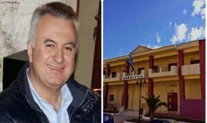Απίστευτο: Πρώην δήμαρχος απείλησε να κόψει τις φλέβες του μέσα στο Δημοτικό Συμβούλιο