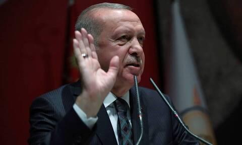 Ερντογάν… μαινόμενος: «Μια σταγόνα πετρέλαιο είναι πιο σημαντική από μια σταγόνα αίμα»