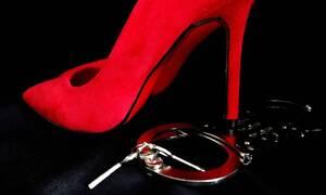 Απίστευτος διαγωνισμός από πορνοστάρ: Δείτε τι δίνει στο νικητή (pics)