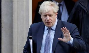 Brexit: Τρεις επιστολές στην ΕΕ έστειλε ο Τζόνσον - Ζητά αναβολή αλλά… δεν τη θέλει