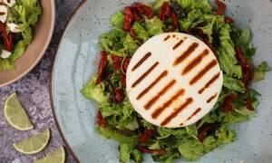 Η συνταγή της ημέρας: Σαλάτα με μανούρι