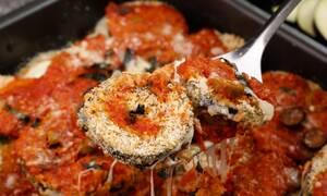 Η συνταγή της ημέρας: Μελιτζάνες κοκκινιστές με τυριά