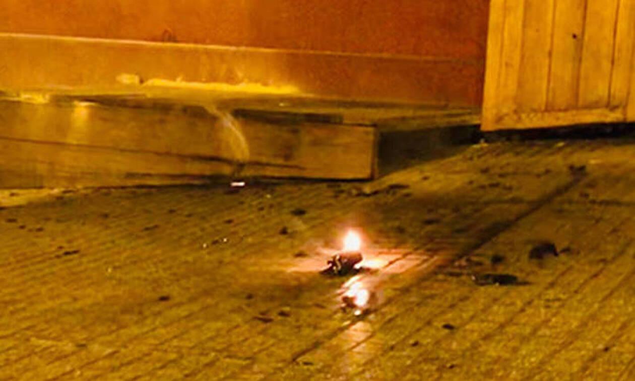 Θεσσαλονίκη: Επίθεση με μολότοφ σε διμοιρία των ΜΑΤ - 7 προσαγωγές (pics+vid)