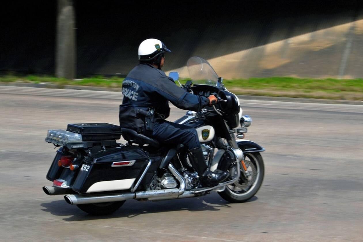police-officer-3233103_960_720.jpg