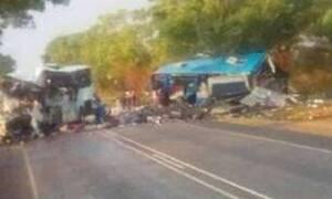 Κονγκό: Τουλάχιστον 30 νεκροί σε δυστύχημα με λεωφορείο που ανατράπηκε και έπιασε φωτιά