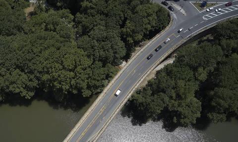 Λάρισα: Κλείνει για 8 μήνες η γέφυρα του Πηνειού στα Τέμπη