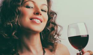 Καθημερινή κατανάλωση κρασιού: 8 σημαντικά οφέλη για την υγεία (εικόνες)