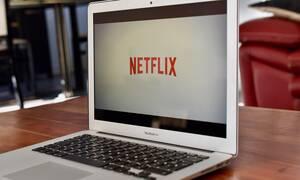 Το Netflix ανακοίνωσε τις κορυφαίες σειρές και ταινίες του βάσει των προβολών τους (photos)
