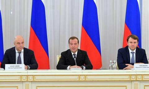 Медведев заявил, что иностранные инвесторы не теряют интерес к России, несмотря на санкции