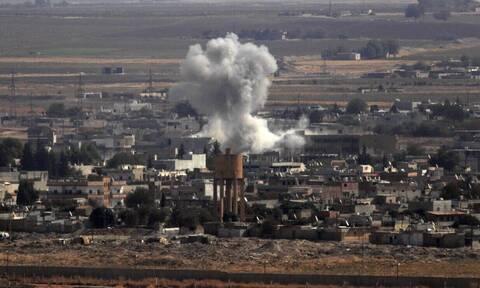 Οργή των Κούρδων για τις ΗΠΑ: Πετούν πατάτες στους στρατιώτες που φεύγουν
