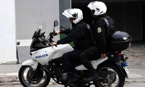 «Λαβράκι» από την ομάδα ΔΙ.ΑΣ.: Καταδίωξη στη Μεταμόρφωση και σύλληψη εμπόρου ναρκωτικών