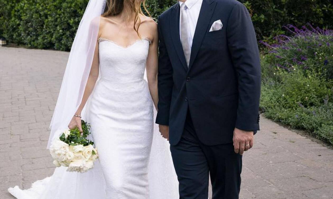 Ο νιόπαντρος ηθοποιός τρολάρει ανελέητα την σύζυγό του στο Instagram για έναν απλό λόγο