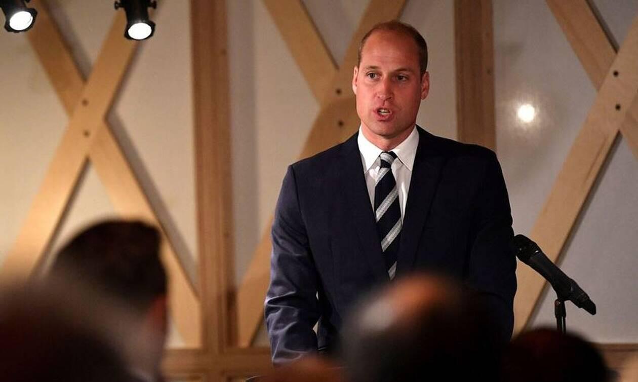 Βρετανία: Ο πρίγκιπας Γουίλιαμ «ανησυχεί» για τον πρίγκιπα Χάρι και τη Μέγκαν