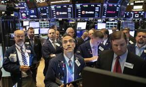 Άνοδος στη Wall Street - Κοντά στο χαμηλό δύο εβδομάδων η τιμή του πετρελαίου