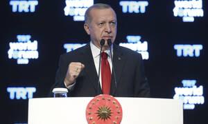 Συρία: Ο Ερντογάν έτοιμος να εξαπολύσει το δεύτερο κύμα θανάτου – Με πόλεμο τον απειλεί ο Τραμπ