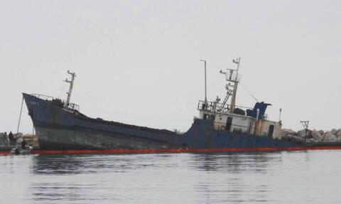 Θρίλερ στην Χαλκιδική: Πτώμα άνδρα βρέθηκε σε μισοβυθισμένο σαπιοκάραβο
