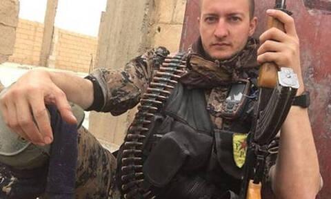 «Το Ισλαμικό Κράτος ξαναζωντανεύει»: Δημοσιογράφος που πολέμησε τον ISIS μιλά στο CNN Greece