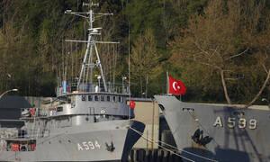 Δραματικές εξελίξεις: Ο τουρκικός στόλος κυκλώνει Αιγαίο και κυπριακή ΑΟΖ – Σε ετοιμότητα το Π.Ν.