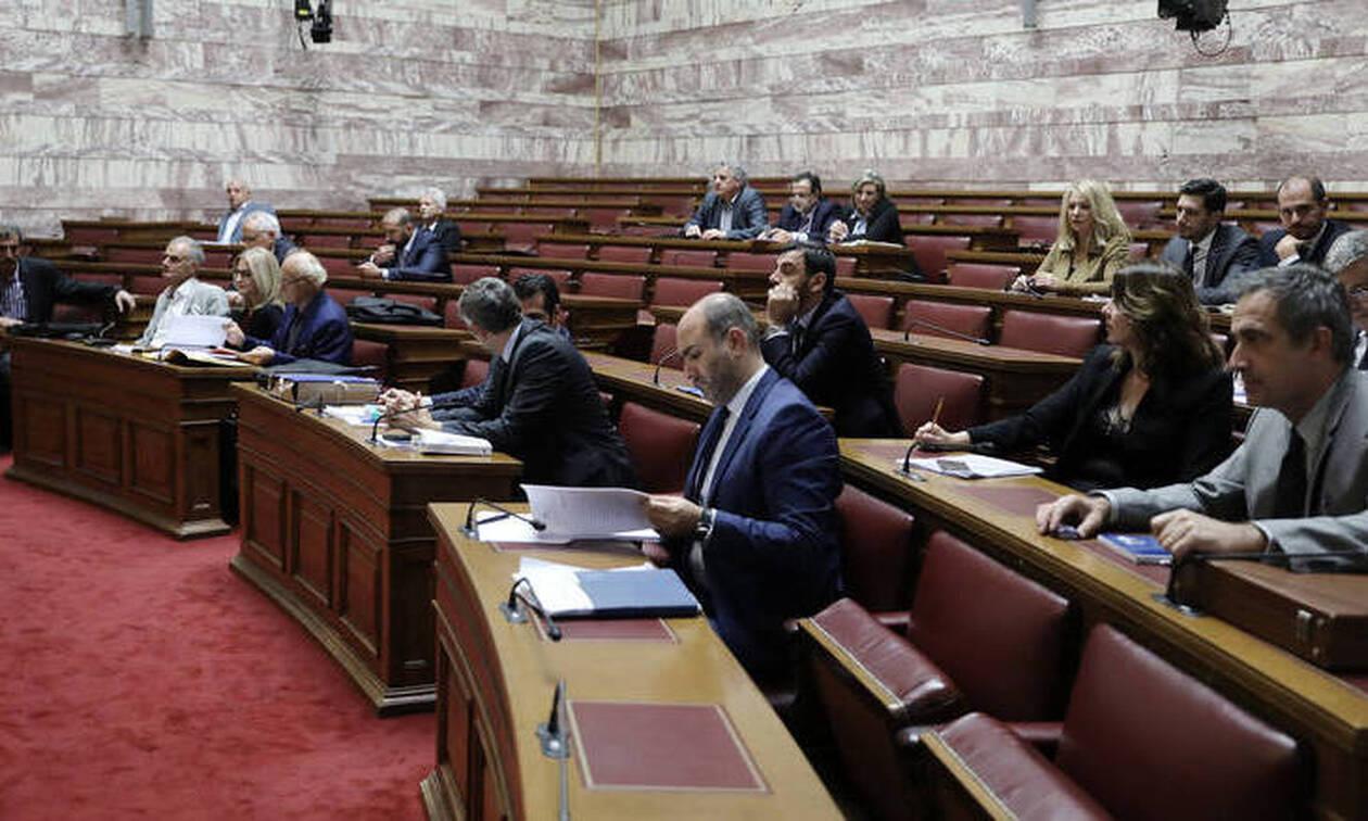 Χαμός στη Βουλή: «Αυτά ειναι π@π@@ιες» - Ένταση και βρισιές στην προανακριτική για Παπαγγελόπουλο