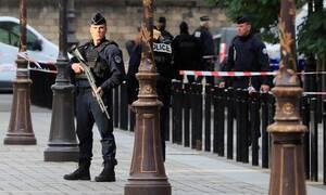Συναγερμός στη Γαλλία: Άνδρας «ταμπουρώθηκε» σε μουσείο - «Θα γίνει κόλαση»