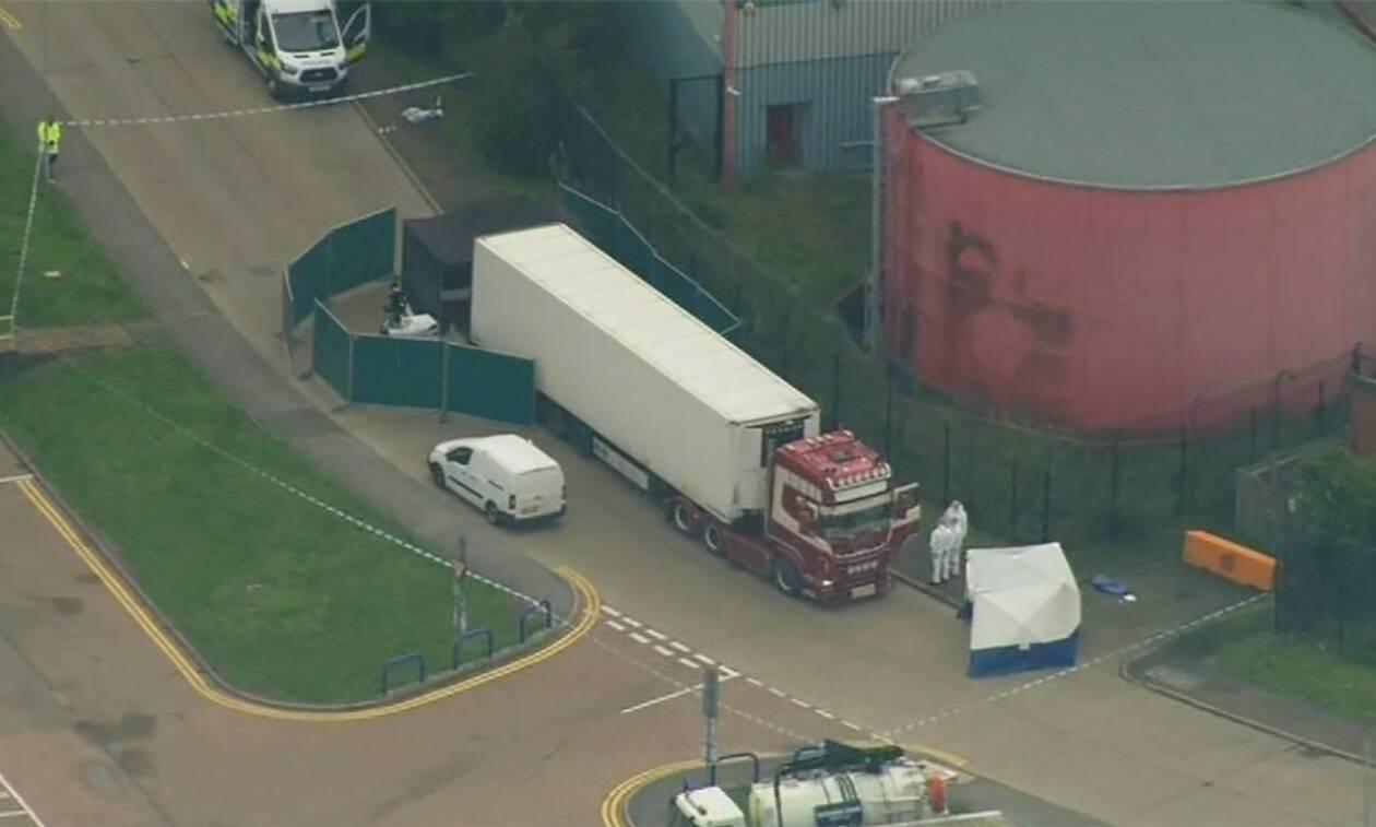Τρόμος στη Βρετανία: Βρέθηκαν 39 πτώματα μέσα σε φορτηγό - Εικόνες φρίκης (pics+vid)