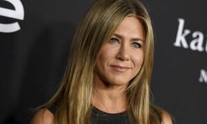 Expectations vs Reality: Η Jennifer Aniston τρολάρει ανελέητα το Instagram με τη νέα της φωτογραφία