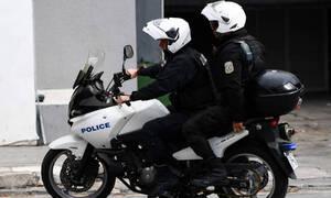 Τραγωδία: Φρικτό τροχαίο στην Κόρινθο - Ένας νεκρός σε σύγκρουση μηχανής με λεωφορείο