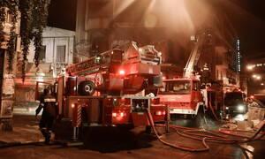 Τραγωδία στη Γλυφάδα: Νεκρή γυναίκα από πυρκαγιά σε διαμέρισμα