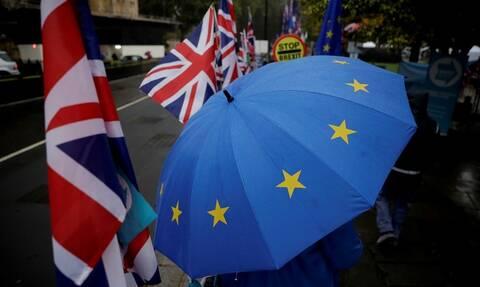 Brexit: Για αναβολή αποφασίζει η Ε.Ε. - Εκλογές θέλει ο Τζόνσον