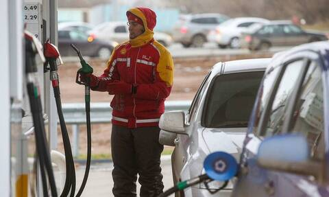 "В ""Яндексе"" рассказали, сколько тратят на бензин россияне"