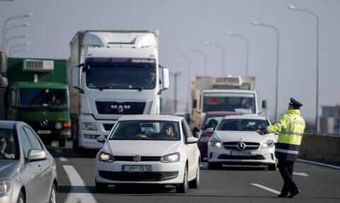 28η Οκτωβρίου: Απαγόρευση από σήμερα της κυκλοφορίας φορτηγών στις εθνικές οδούς